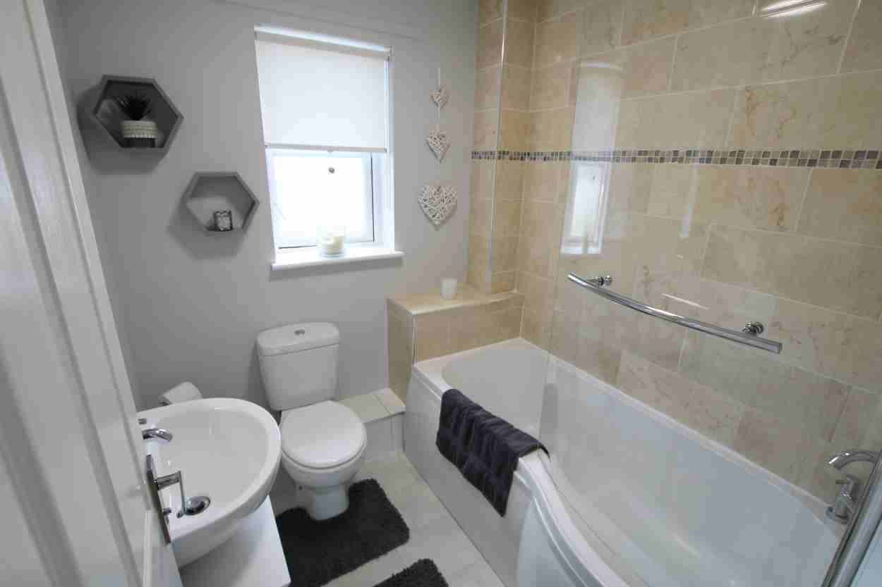 Doune Park Bathroom
