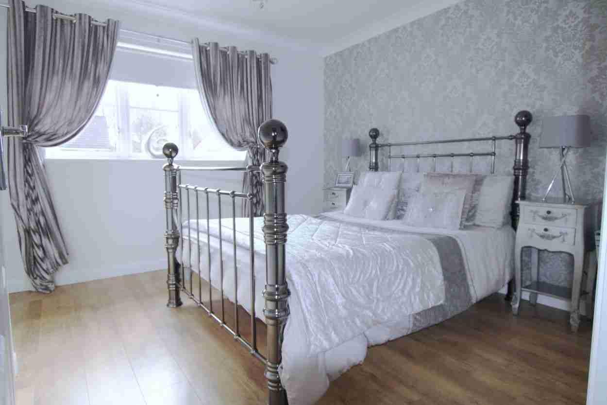 Doune Park bedroom 1
