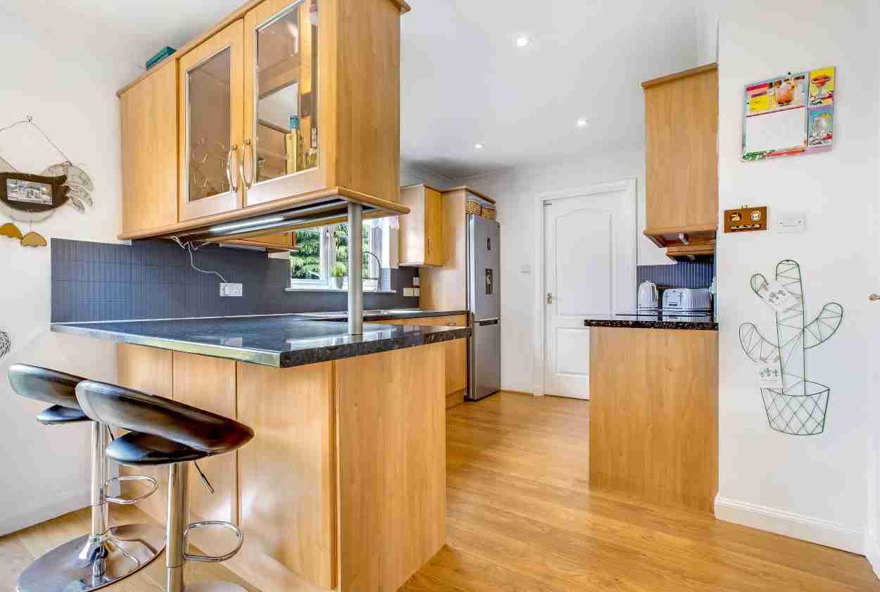 Elmpark Grove Kitchen 1