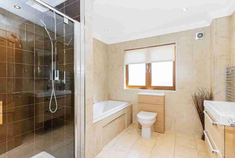 Albert Park Bathroom