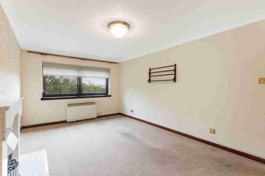 Livingroom 2 Woodend Court