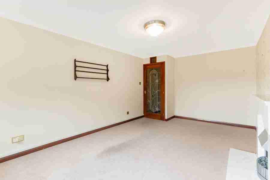 Livingroom Woodend Court