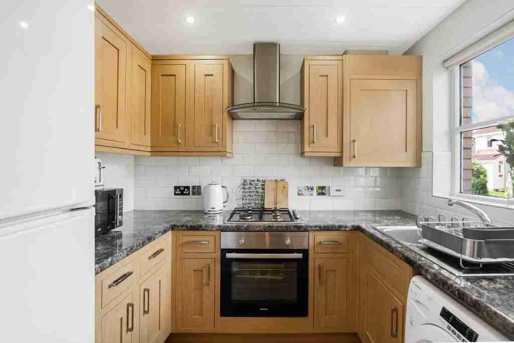 Murray Crescent Kitchen