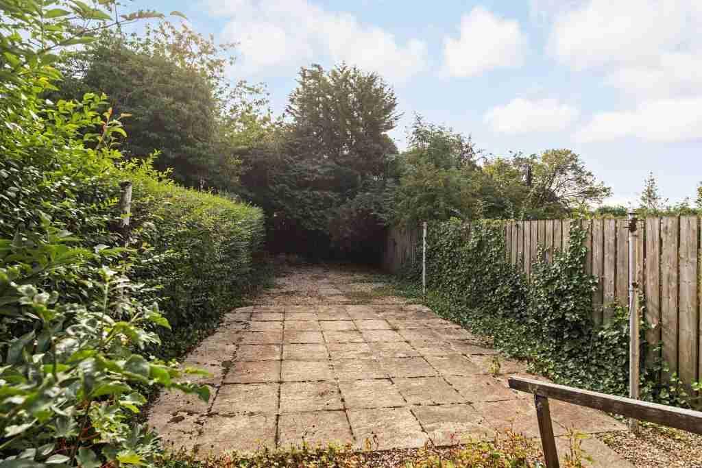 Milnwood Drive Bellshill Backgarden 1