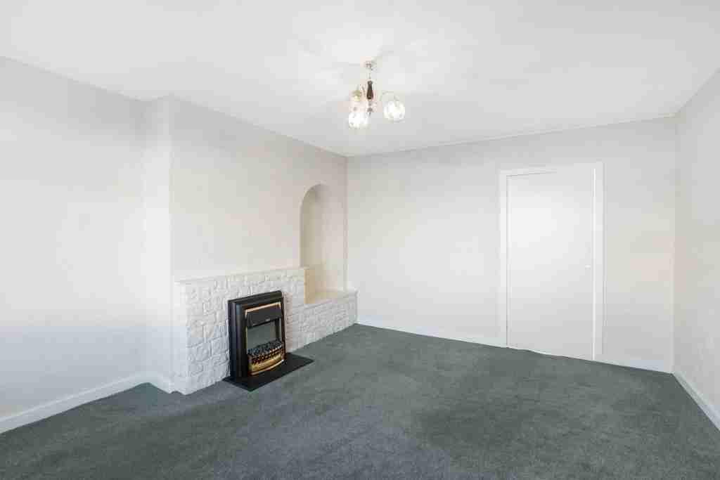 Milnwood Drive Bellshill Livingroom 2