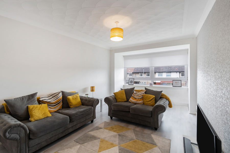 Shirrel Livingroom 1