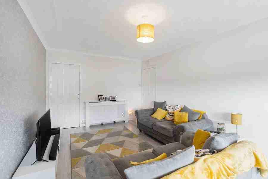 Shirrel Livingroom 2