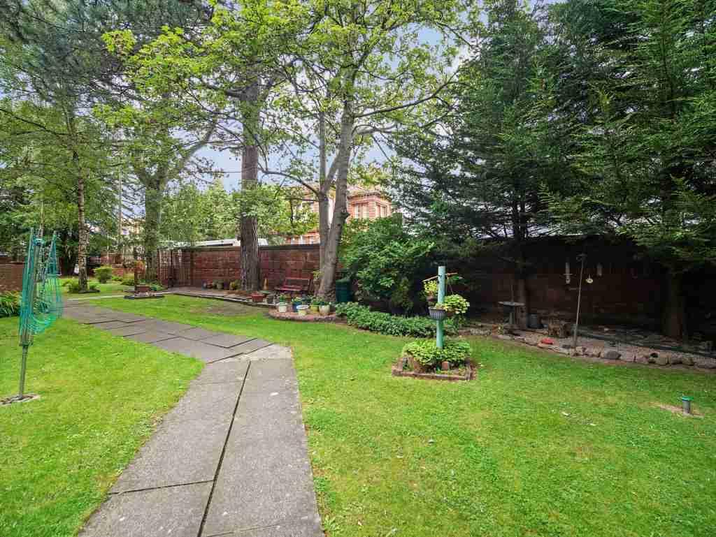 Anderson Court, Bellshill Back Garden