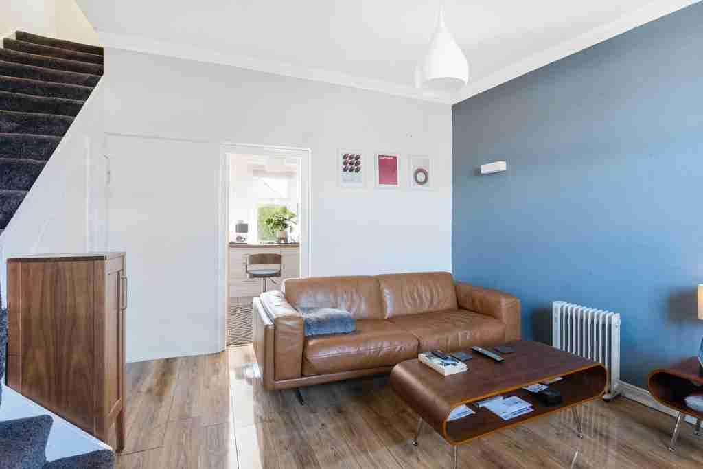 Main Street Blantyre livingroom 2