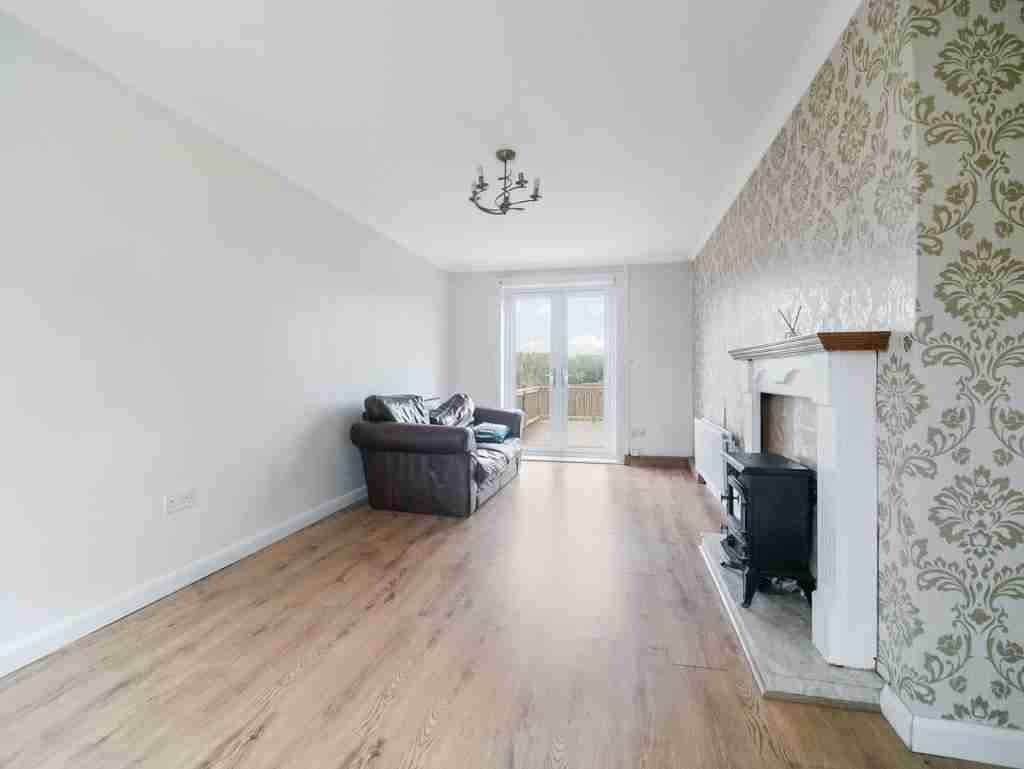 Moss Avenue Caldercruix Livingroom