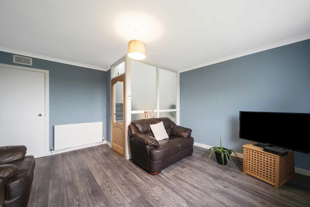 Pitreavie PLace Livingroom 2