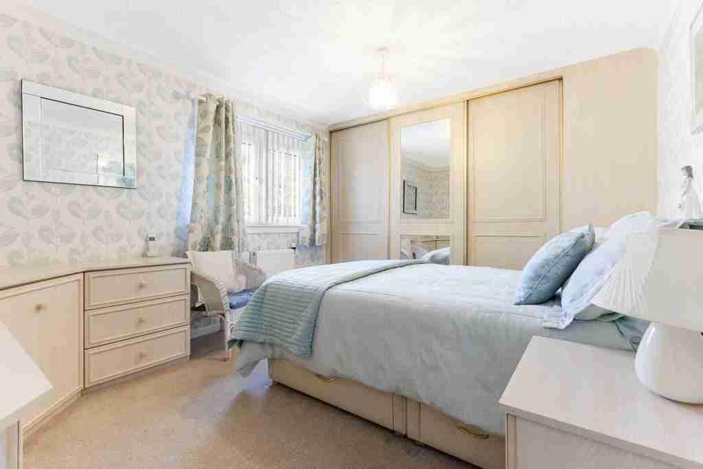 Sapphire Road Bellshill Bedroom 1