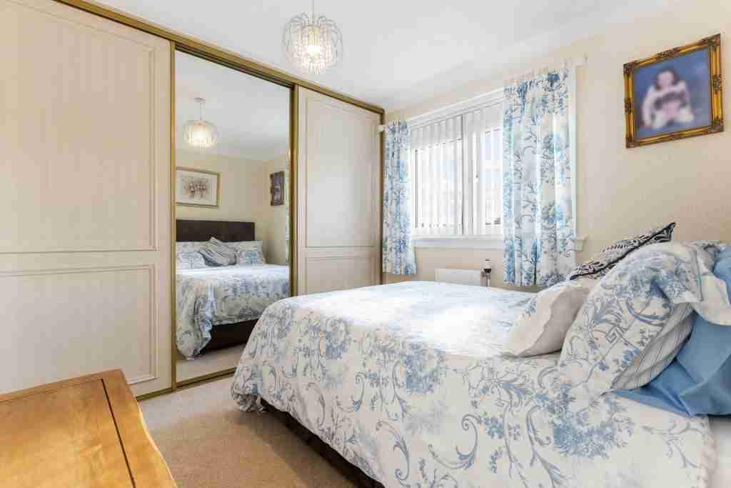 Sapphire Road Bellshill Bedroom 2