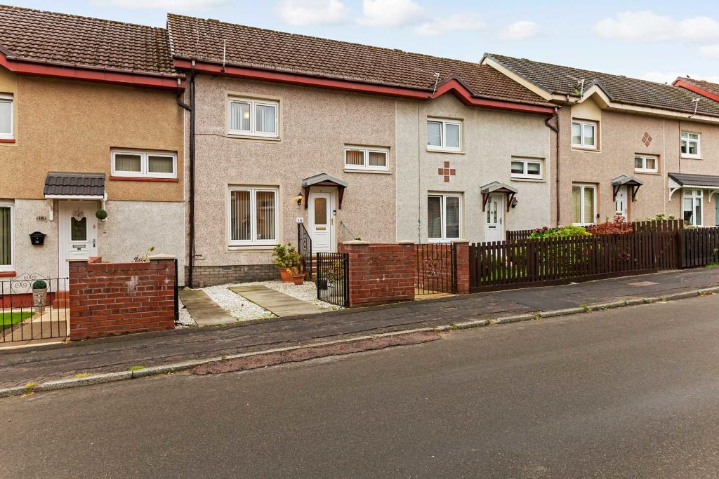 Sapphire Road Bellshill Front House