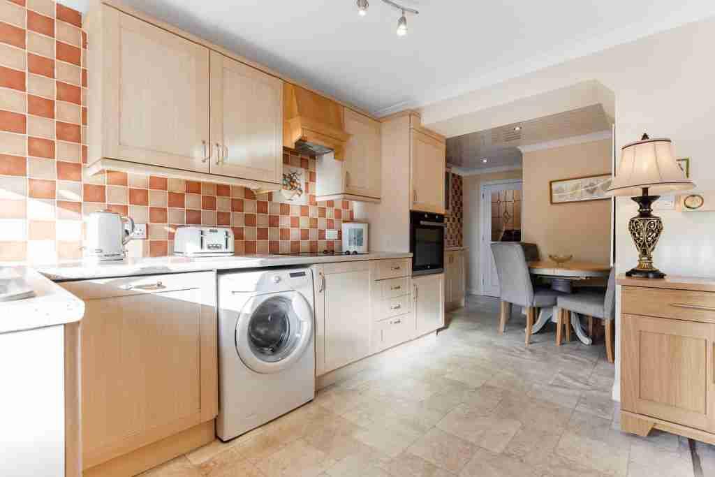 Sapphire Road Bellshill Kitchen